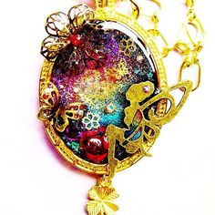 【kyurria】さんのInstagramをピンしています。 《#uvレジン #レジン #レジンアクセサリー #ハンドメイドアクセサリー #ハンドメイド #バッグチャーム #懐中時計モチーフ #メルヘン #ファンタジー #妖精 #蝶々 #蝶 #バラ #桜 #クローバー #虹色 #ピカエース #rezin #handmade #accessory #bagcharm #märchen #fantasy #fairy #butterfly #rose #flower #clover #rainbow》
