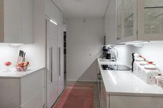 II-KEITTIÖ KUVIA 2 – Puustellin Keittiögalleria Balcony, Kitchen Cabinets, Decoration, Tips, Closet, Home Decor, Decor, Armoire, Decoration Home
