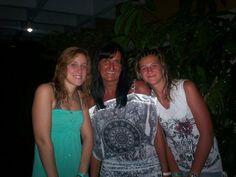 à Cuba j'aime mes filles!