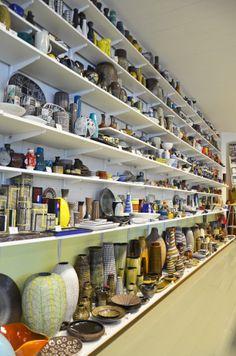 Upsala-Ekeby museum, Grödinge, Sweden. Uppsala, Porcelain Ceramics, Ceramic Pottery, Art Nouveau, Vaser, Vintage Ceramic, Scandinavian, Mid Century, British