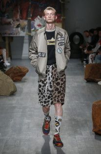 See all the looks from the show. Fashion News, Mens Fashion, Fashion Trends, Leopard Pattern, Hipster, Style, Moda Masculina, Men's, Clothes
