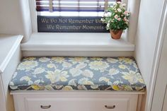 With just a little fabric purchase, you can have a custom look in your home that really finishes off just about any space. Just look at the before and after with this bench seat cushion. Craft Organization, Organizing, Bench Seat, Sewing Rooms, Seat Cushions, Simple, Crafts, Diy, Inspiration