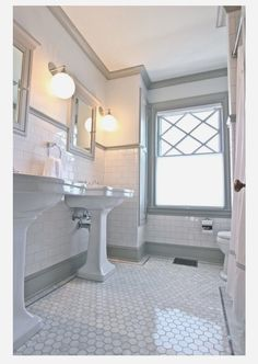 QUARTER design studio Victorian Bathroom Melrose, MA – marble hex floor with subway tile and grey trim moulding. Bathroom Flooring, Bathroom Inspiration, Bathroom Redo, Victorian Bathroom, Amazing Bathrooms, Bathrooms Remodel, Bathroom Makeover, Tile Bathroom, Bathroom Design