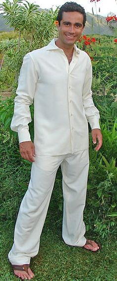 Summer Wedding Attire Groom | ... groom serves in the military, he can wear his uniform on his wedding