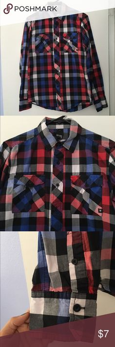 Zoo York Button-Down Shirt Cool combination of colors, can be worn for a comfortable casual look or dressed up for the office. Excellent condition. Zoo York Shirts