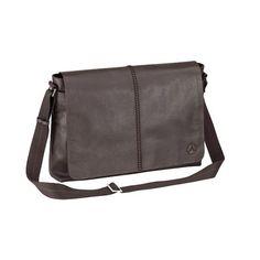 La borsa a tracolla color marrone oriente è realizzata in morbida pelle. Il grande risvolto presenta una discreta cucitura decorativa a mocassino e un logo inciso.