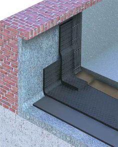 A manta asfáltica deve subir 30 cm e ficar embutida na parede. Depois, recebe argamassa estruturada.