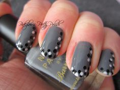 Grey nails with monochromatic dots