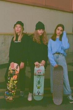 Skater Outfits, Cute Outfits, Converse Outfits, Penny Skateboard, Skateboard Girl, Skateboard Tumblr, Skateboard Outfits, Stage Outfit, Estilo Indie