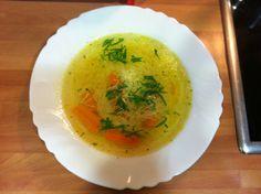 Caldo de pollo con fideos Thai Red Curry, Ethnic Recipes, Food, Caldo De Pollo, Noodles, Pies, Cooking, Eten, Meals