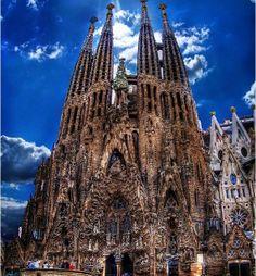 Храм Святого Семейства (Sagrada Familia)