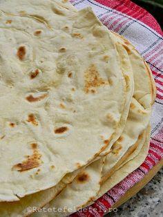 Bread Recipes, Vegan Recipes, Cooking Recipes, Pizza Pastry, Romanian Food, Feta, Deserts, Homemade, Ethnic Recipes