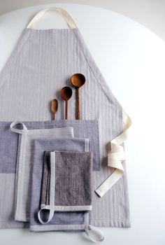 Molly's Sketchbook: A New Adjustable Unisex Apron and Simple Dishtowels - The Purl Bee - Knitting Crochet Sewing Embroidery Crafts Patterns and Ideas!
