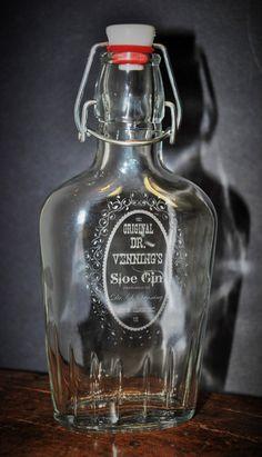 1 Custom Flask 8.5 oz. Glass Flask by MemoriesMadeToronto on Etsy