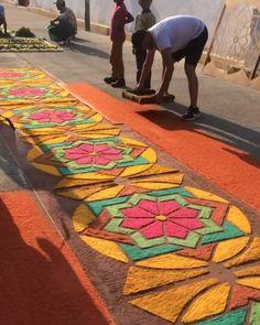 Jesús en ti confío  Celebrando el día de Jesús Misericordioso  #april8th #travel #god #jesuschrist #flowers #magictown #mexico #makeartnotwar #art #artesanal