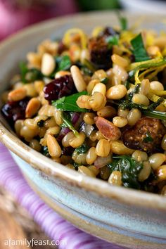Wheat Berry Salad with Dried Figs - A Family Feast® Wheat Berry Recipes, Wheat Berry Salad, Grain Salad, Dried Fig Recipes, Healthy Salads, Healthy Eating, Whole Food Recipes, Cooking Recipes, Vegetarian Recipes