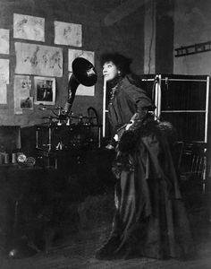 Sarah Bernhardt Listening to Herself on Phonograph, Dec. 1891