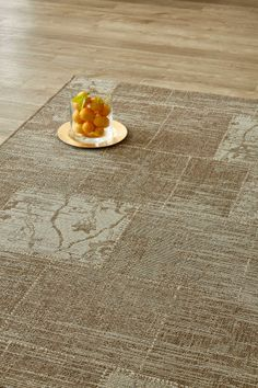 Beige Vintage Patchwork (1.6 X 2.3 m): Water-resistant, durable poly-propylene woven flatweave (1.6 X 2.3 m). Get the c...