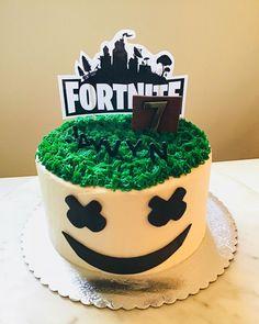 10 Birthday Cake, Birthday Cake Decorating, Boy Birthday Parties, 16th Birthday Cake For Boys, Amazing Birthday Cakes, Boys Bday Cakes, Birthday Ideas, Cupcakes Decorating, Women Birthday