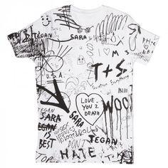 Graffiti T-Shirt from Tegan and Sara tour! Custom Clothes, Diy Clothes, Fashion Clothes, Tumblr Design, Tee Design, Design Kaos, Boys T Shirts, Tee Shirts, Trendy Outfits