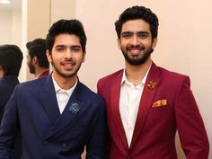 Armaan Malik and Amaal Mallik, will be judging BIG FM's Benadryl BIG Golden Voice Season a radio based singing talent hunt show. Chainsmokers Closer, Singer Talent, Shraddha Kapoor Cute, You Are Cute, Cover Photo Quotes, Man Crush Everyday, Handsome Prince, My Prince Charming, Famous Singers