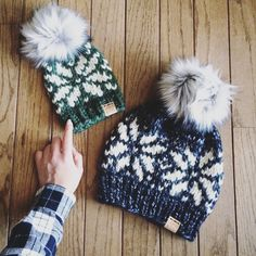 Yarn Projects, Knitting Projects, Crochet Projects, Knit Crochet, Crochet Hats, Beanie Pattern, Knit Patterns, Christmas Knitting Patterns, Loom Knitting