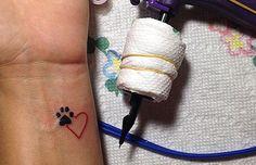 10 ideias de tatuagens minimalistas para se inspirar | Chic - Gloria Kalil: Moda, Beleza, Cultura e Comportamento