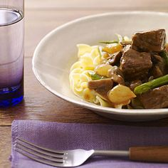 Red wine broth gently flavors the chuck steak, green beans, and mushrooms.