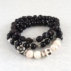 Onyx & Natural Howlite Skull Bracelet, onyx bracelet, black beaded bracelet…