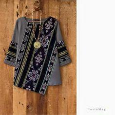 Batik Fashion, Ethnic Fashion, Hijab Fashion, Diy Fashion, African Fashion, Ideias Fashion, Fashion Dresses, Womens Fashion, Batik Blazer