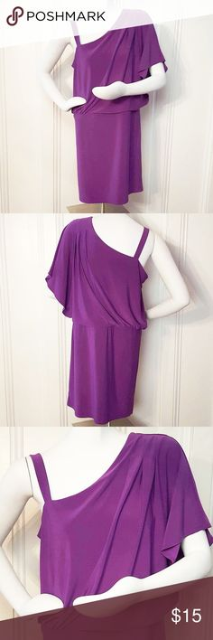 "SALE❗️Ronni Nicole One-Shoulder Dress Ronni Nicole one-shoulder dress. Purple. Size 8. 95% polyester, 5% spandex. Measurements: 36"" length, 36"" bust, 35"" waist, 38"" hips. Dresses One Shoulder"