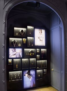 Jewelry Store Design, Jewelry Stores, France, Display, Concepts, Retail, Chanel, Windows, Watch