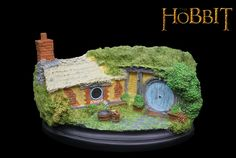 Novelty The Hobbit action figure Craft The Lord of the Rings Toy Figures knick knack Hobbiton model Bathilda 35 car ornament Hobbit Hole, The Hobbit, Radagast The Brown, Car Ornaments, My Precious, Lord Of The Rings, Gifts For Kids, Paint Colors, Action Figures