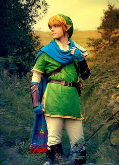 Cosplay Friday: The Legend of Zelda by techgnotic on DeviantArt