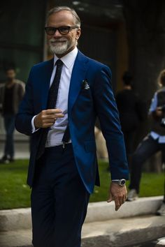 See all the most stylish men attending the shows at MFW, shot exclusively for us by roving street style photographer Robert Spangle of Thousand Yard Style.