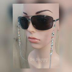 Sunglasses Holder, Fashion, Moda, Fashion Styles, Fashion Illustrations