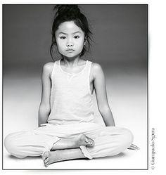 Le yoga pour enfant http://www.vogue.fr/beaute/buzz-du-jour/diaporama/tigre-yoga-paris-pour-enfant/20039#!3