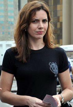 Polícia Civil do Distrito Federal. Delegada Mônica Ferreira.http://memoria.ebc.com.br/agenciabrasil/galeria/2011-03-10/lancamento-do-programa-%E2%80%9Crede-mulher-cidada%E2%80%9D