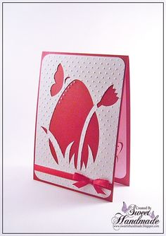 Felicitare de Pasti decupata manual   Felicitarea este realizata din carton rosu sidef de 300gr/mp, respectiv carton alb texturat si embosa...