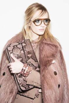 Daria Strokous Backstage at Gucci Fall/Winter 2014 =|= insanely obsessed with eyewear