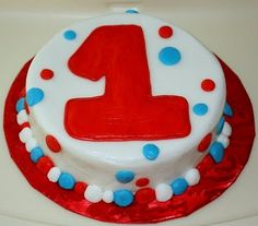 Cute Smash cake to go with Cat in the Hat 1st Bday