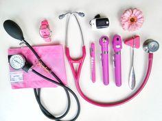 Nursing School Notes, Nursing Career, Medical School, Cna Nurse, Nurse Life, Medical Students, Nursing Students, Nurse Aesthetic, Medical Laboratory Science