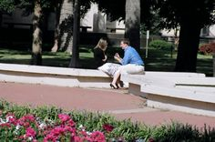An on-campus #proposal at #Baylor University. Not uncommon to see this -- complete with friends as photographers hiding nearby! (via @pdconnell)