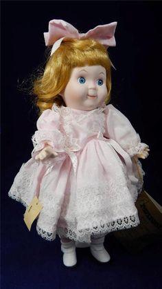 "1987 Seymour Mann's Connoisseur Doll Collection #383 13"" Heidi Blonde Blue Eyes"