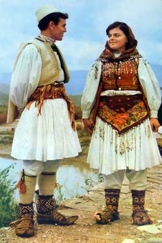 Traditional festive costumes from Central-Albania. Historical Costume, Historical Clothing, European Clothing, Montenegro, Albanian Culture, Cultures Du Monde, Ukraine, Central And Eastern Europe, Folk Clothing
