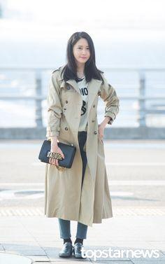 [HD포토] 소녀시대(SNSD) 윤아 멀리서도 빛이 나는 꽃사슴 미모  #소녀시대 #SNSD #윤아 #공항패션