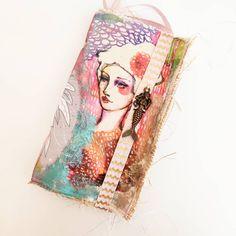 Tutorial decoración portada cuaderno en tela, paso a paso Doodles, Princess Zelda, Delaware, Cinderella, Scrapbooking, Journal, Fictional Characters, Art, Tela