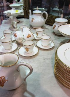 auvieuxchaudron_frenchantiques Porcelain 1880's  #paris SOLD