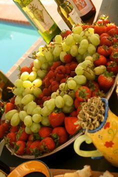 Fruit platter substitute blueberries for raspberries?