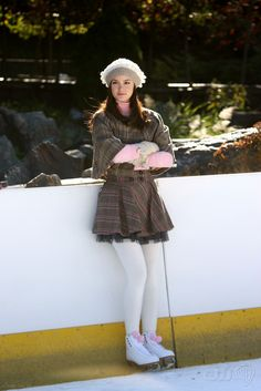 Blair waldorf....too girly an outfit for.me but i love the coat